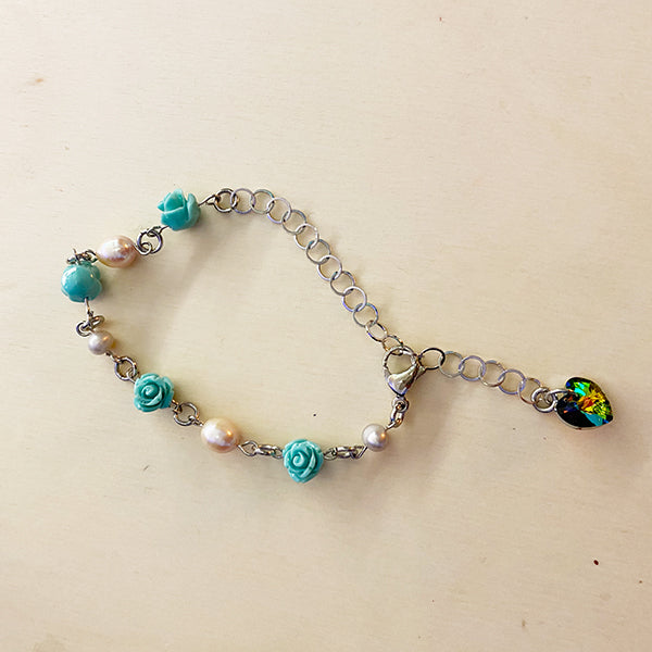 TURQUOISE CORAL + PEARL WITH SWAROVSKI HEART BRACELET