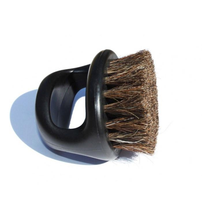 IBC BLACK MED./ SOFT HORSE HAIR BRUSH