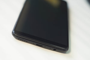OnePlus 5T Full Glue Edge to Edge Glass - No Rainbow Effect