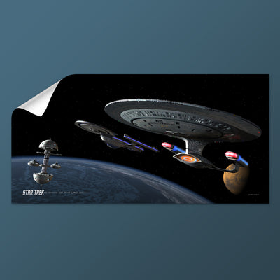 Star Trek: The Next Generation Ships of the Line Making for Deep Water Removable Wall Peel