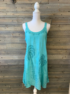 Distressed Palm Tree Tank
