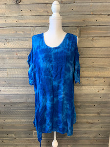 Cold Shoulder Shark Bite Tunic Plus Size