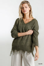 V-Neck Long Sleeve Knit Pullover Sweater with Frayed Hem