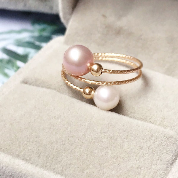 Spiral Rose Gold & White Pearl Ring
