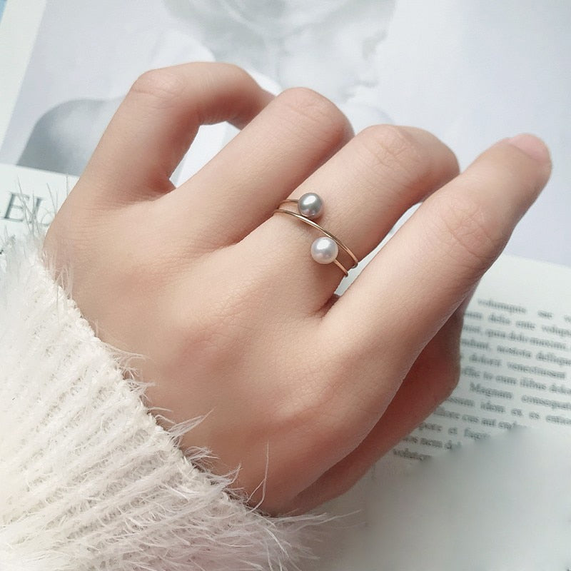 Spiral Silver & White Pearl Ring
