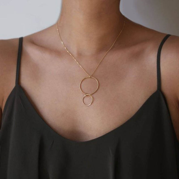 Closed Loop Gold Necklace