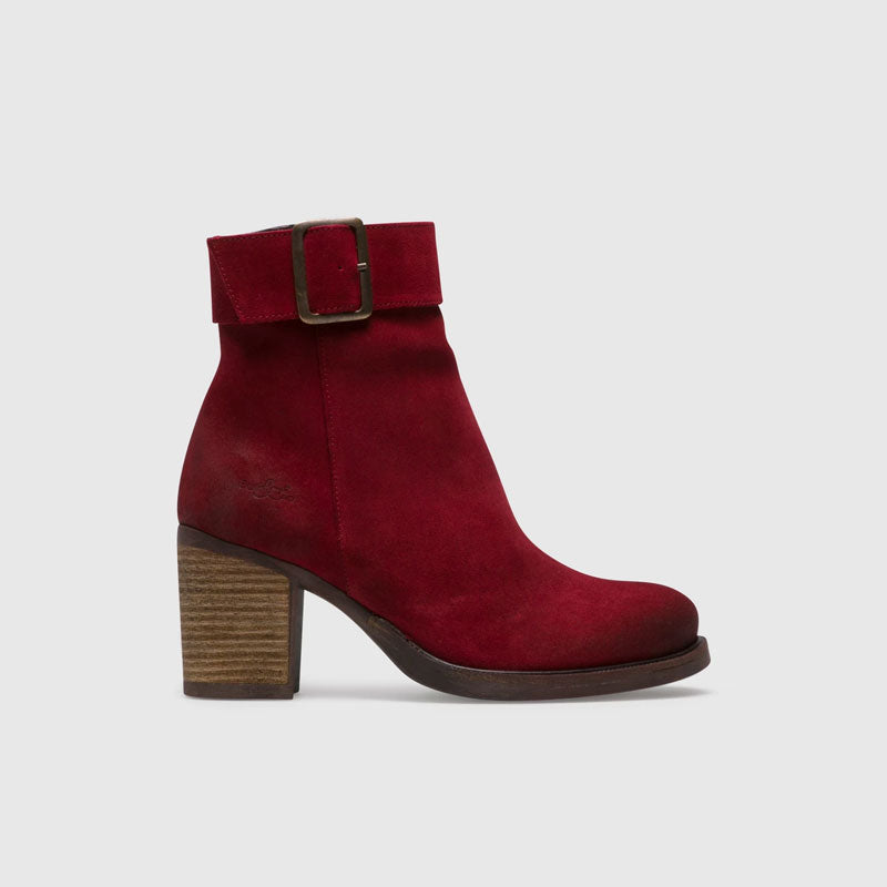women-footwear-ankle-boots