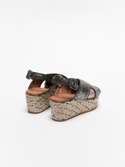Cafè Noir Gray Wedge Sandals