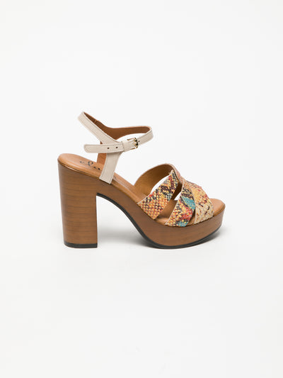 Clay's Beige Buckle Sandals