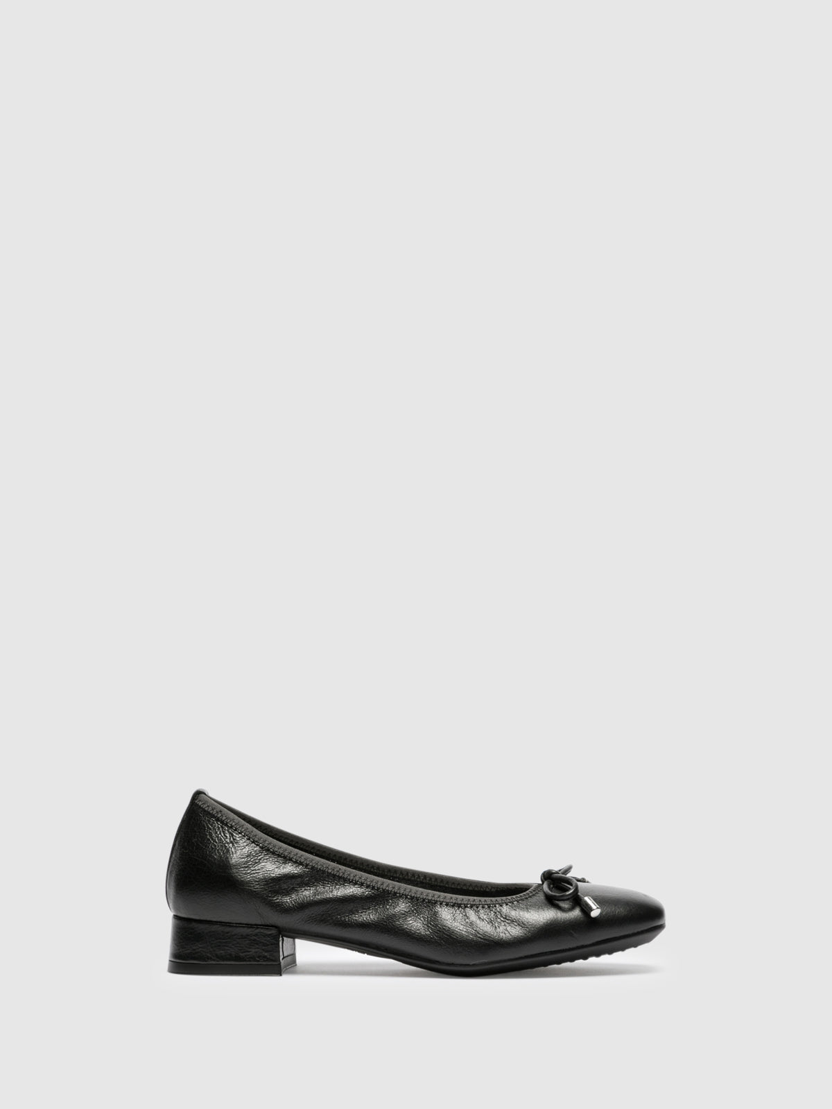 The Flexx Black Square Toe Ballerinas