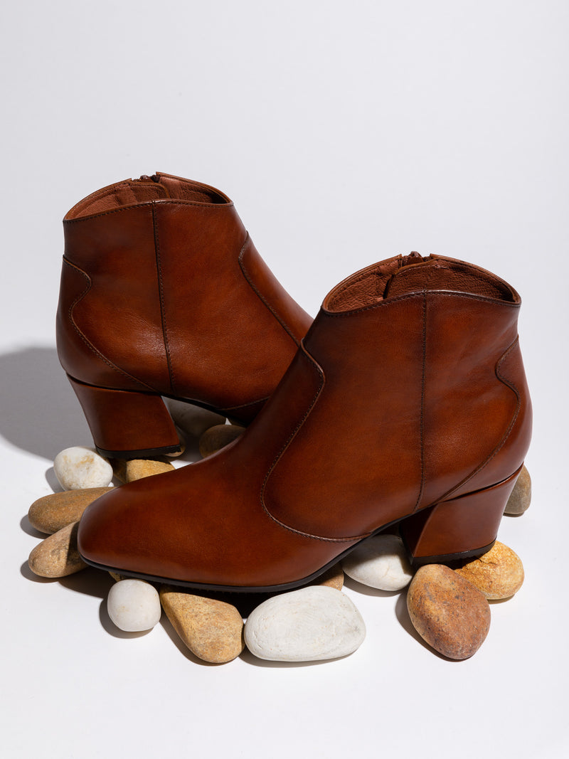 SaddleBrown Zip up Ankle Boots