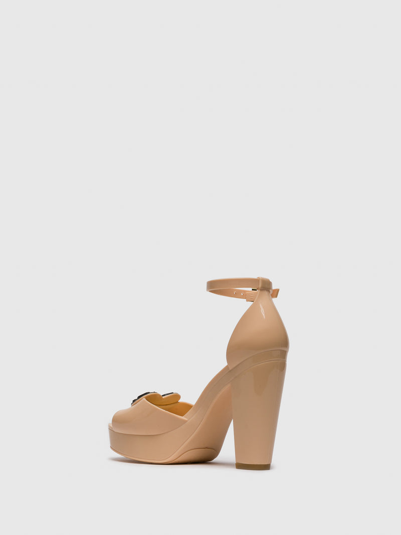 BlanchedAlmond	 Sling-Back Pumps Sandals