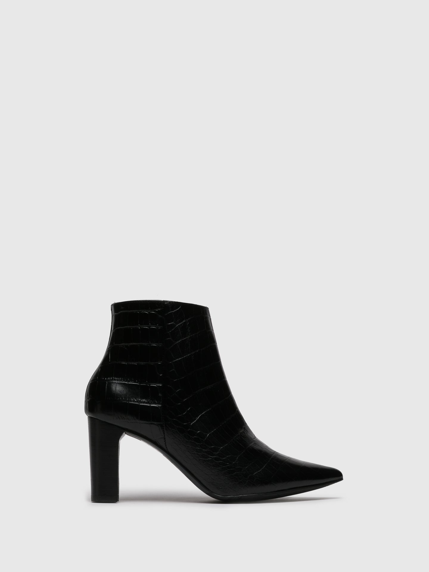 Perlato Black Pointed Toe Ankle Boots