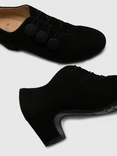 Perlato Black Appliqués Shoes