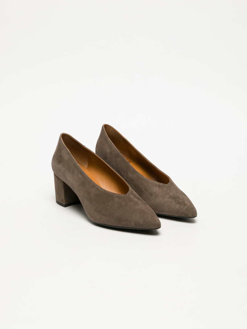 Tan Classic Pumps Shoes