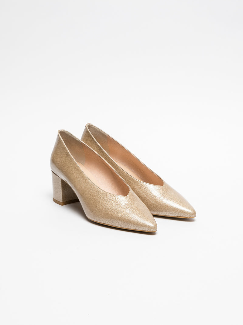 Sofia Costa Beige Pointed Toe Pumps Shoes