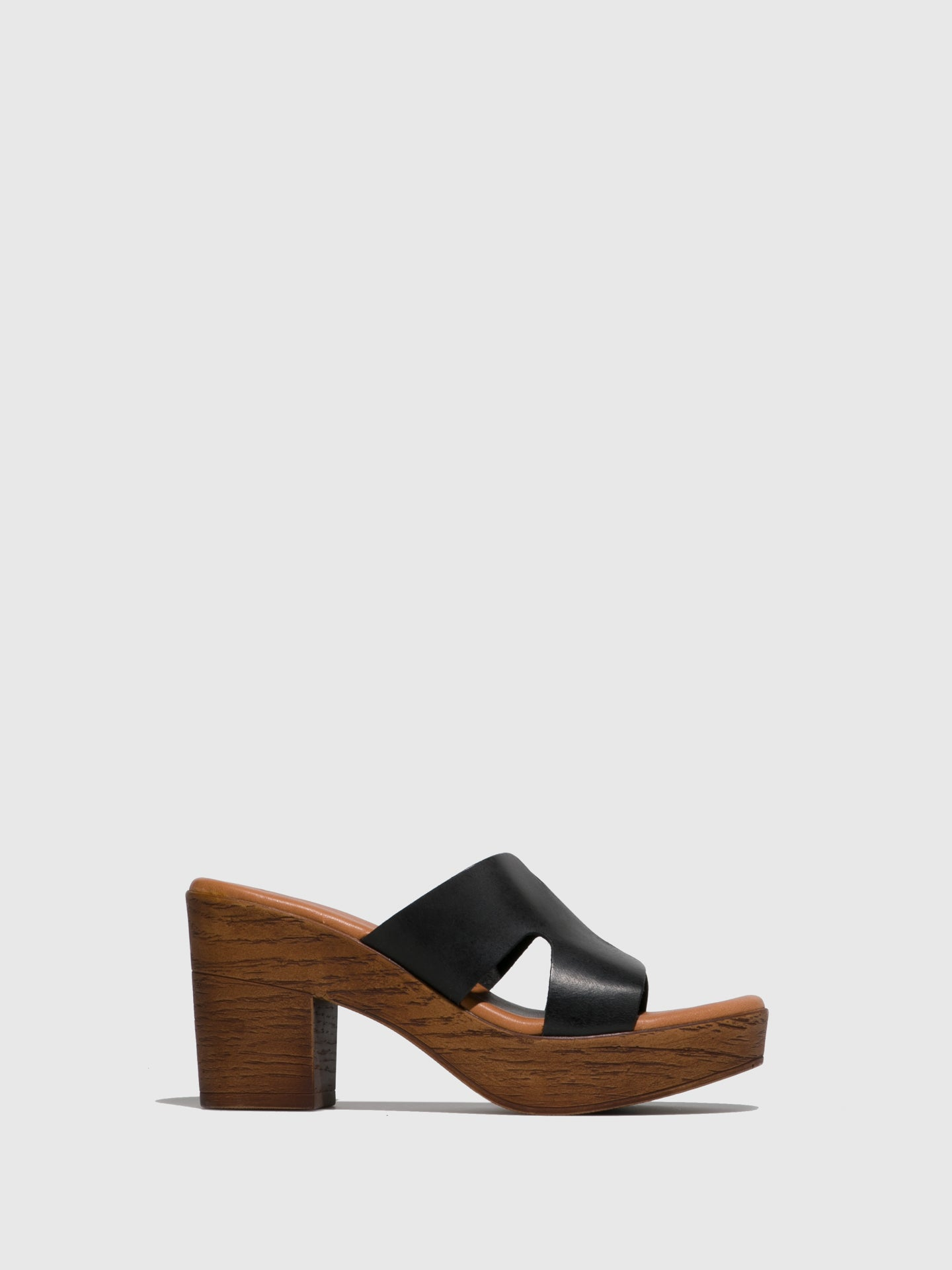 Sotoalto Black Round Toe Sandals