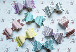 Small and Medium Dottie Bow Die