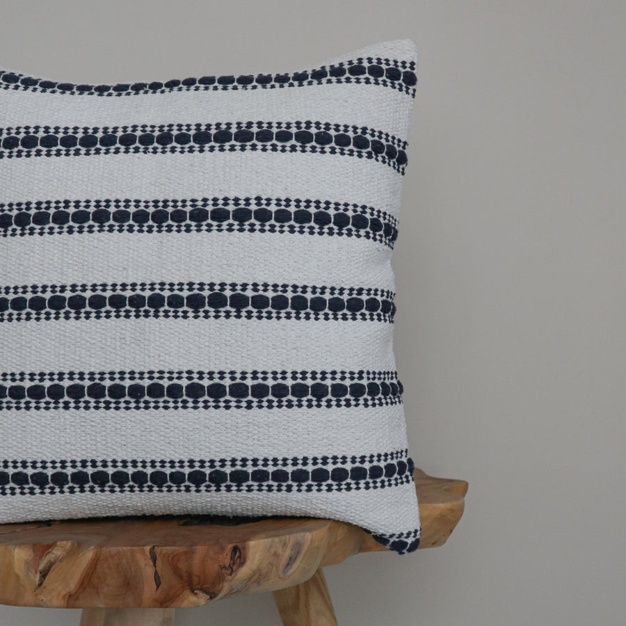 Show_Cushions_Cotton_Canvas_Rigley