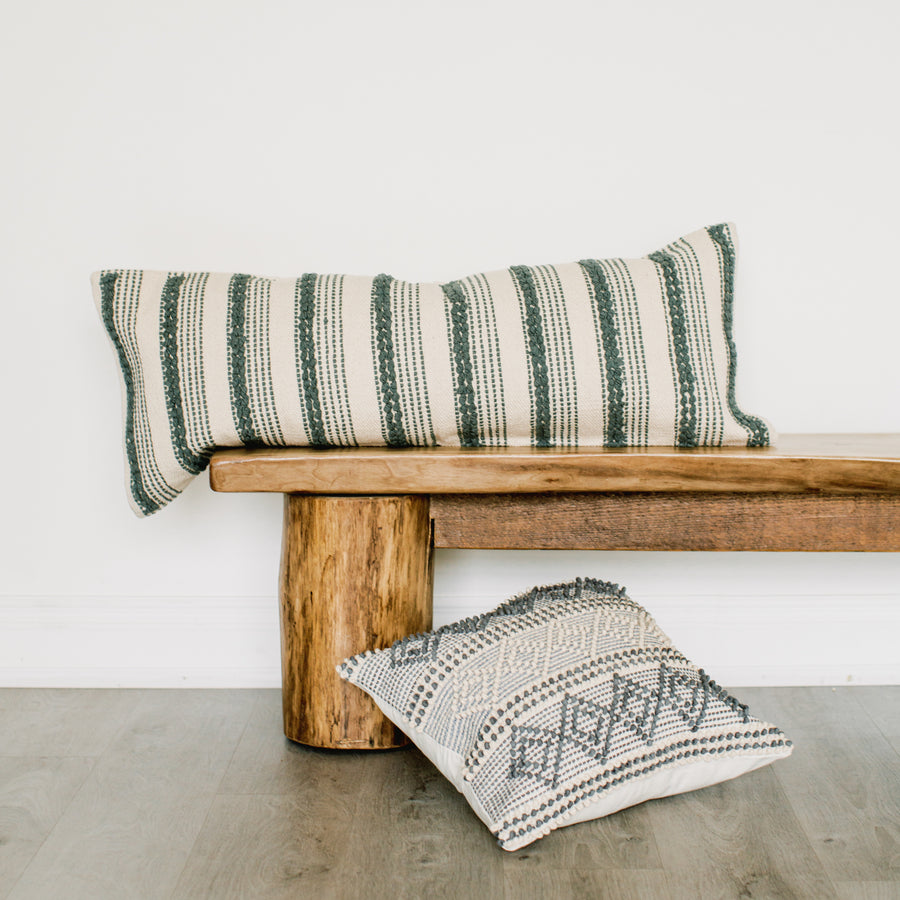 Show_Cushions_Lumbar_Mallachy_On_Bench