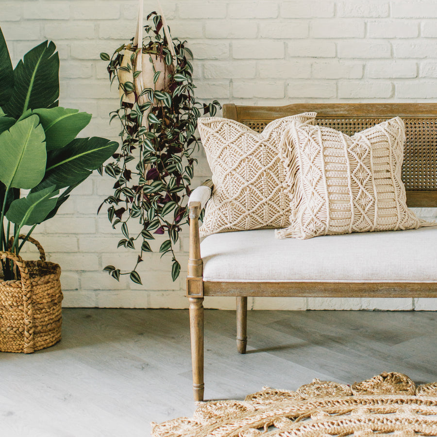 Show_Cushions_Macrame_Natural_On_Bench