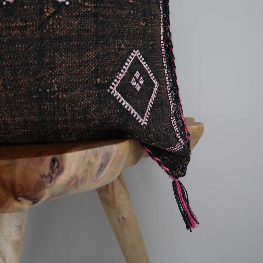 Sabra_Silk_Cushion_Cover_Bark