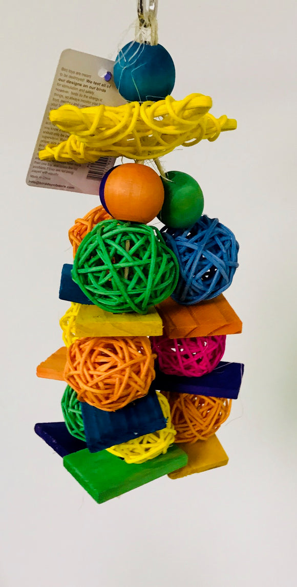 PB17039A (Bird Toy, Starburst with wicker balls and bells. 24 PER CASE.)
