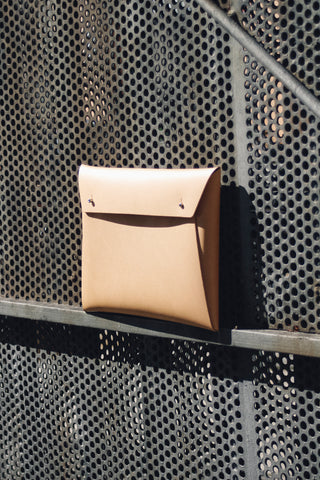 Lineae Luxury Stationery - Walk With Me Leather Small Document Organiser in Camel