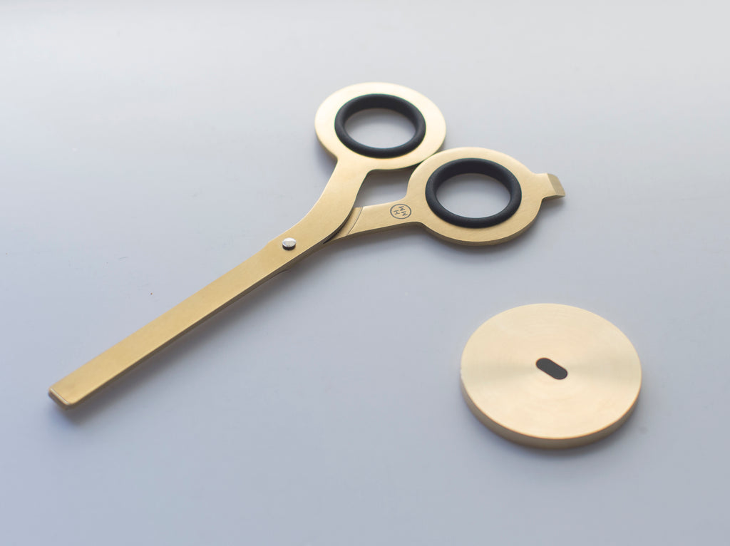 HMM Scissors with Base in Gold
