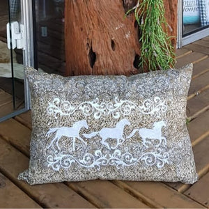 Horse cushion II