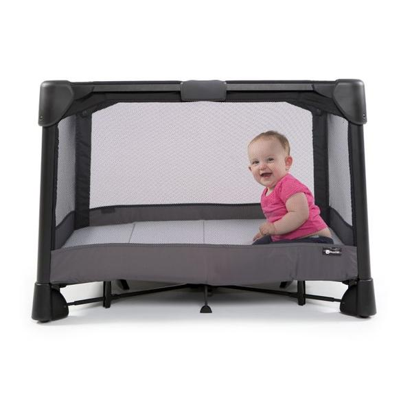 4moms Breeze 4.0 Plus Playard Black