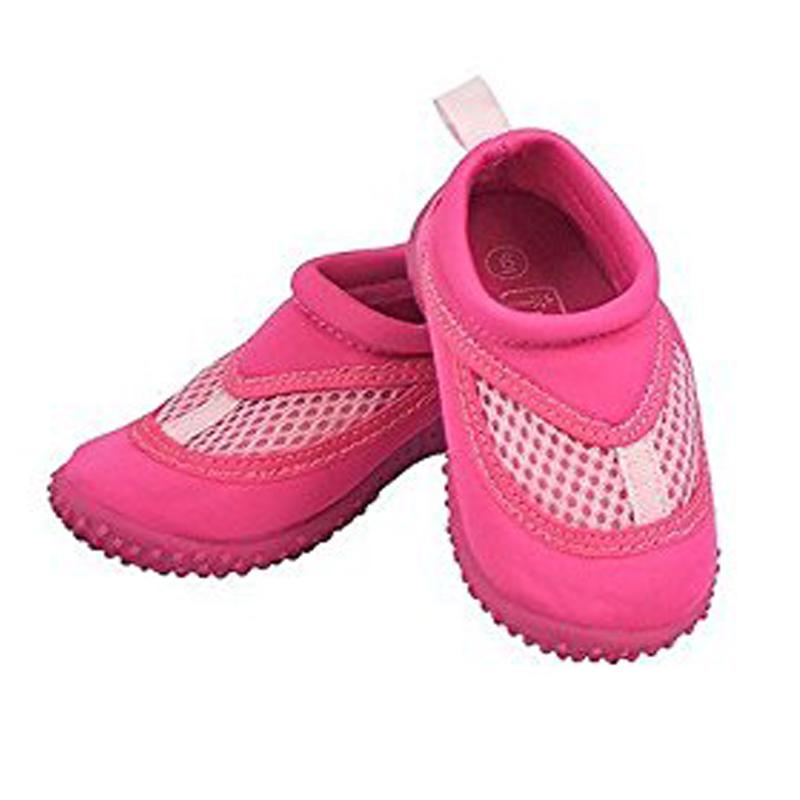I Play Water Shoes Hot Pink