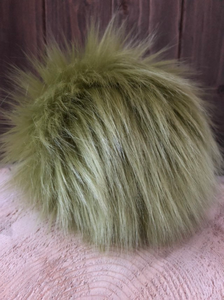 AVOCADO Faux Fur Pom Pom
