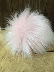 COTTON CANDY Faux Fur Pom Pom