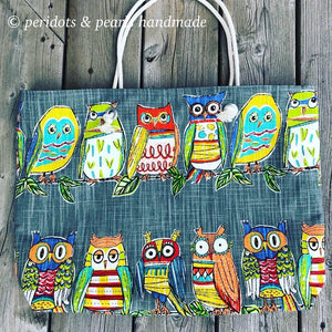 WEEKENDER Large Canvas Tote - Colourful Owls