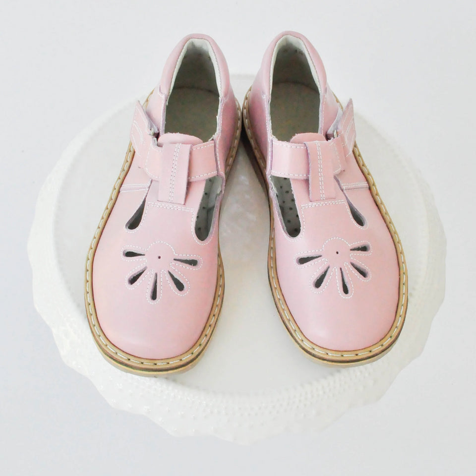 """Aurora"" T-strap Light Pink"