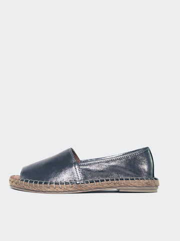 Mersey - Silver Casual Flats by Mago