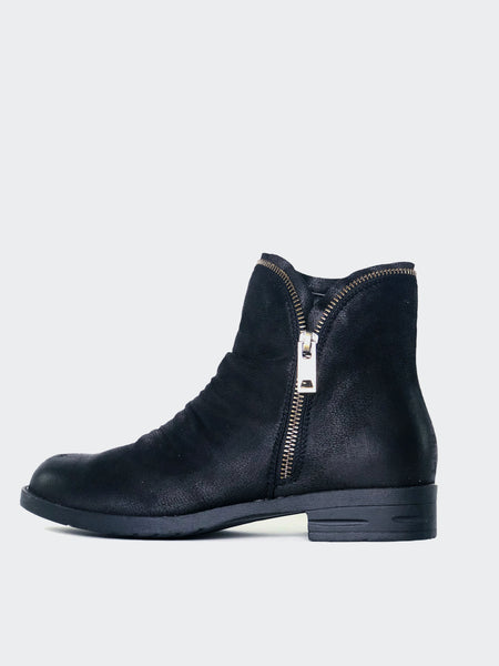Zippz - Black Flat Ankle Boot By No! Shoes