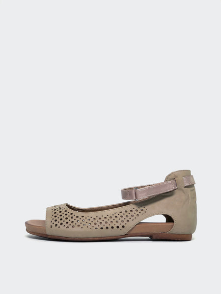 Amigo II Beige Comfort Sandal by Step on Air