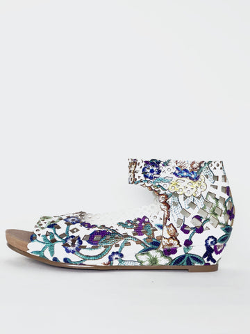 Bally - White Floral Comfortable Sandal By Step On Air
