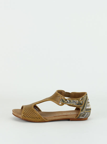 Cuff - Ladies comfort sandals in tan by Step  on Air