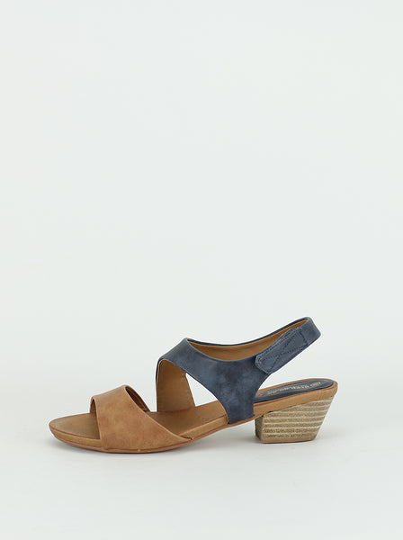 Diagonal - Ladies comfort sandal in navy & tan