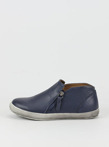 Istanbul Navy Comfort Sneaker by Step on Air