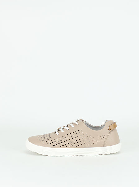 Missy Leather Comfort Sneakers in Nude by Step on Air