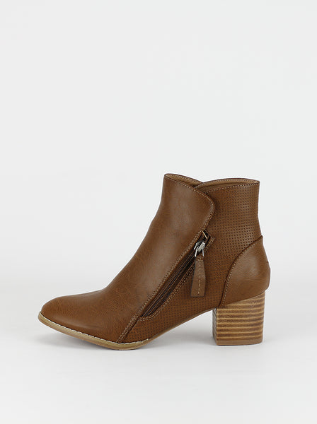 Whitney ladies comfort ankle boot in dark tan