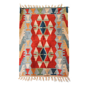 country home decor | warm interior | small carpet | pet mat