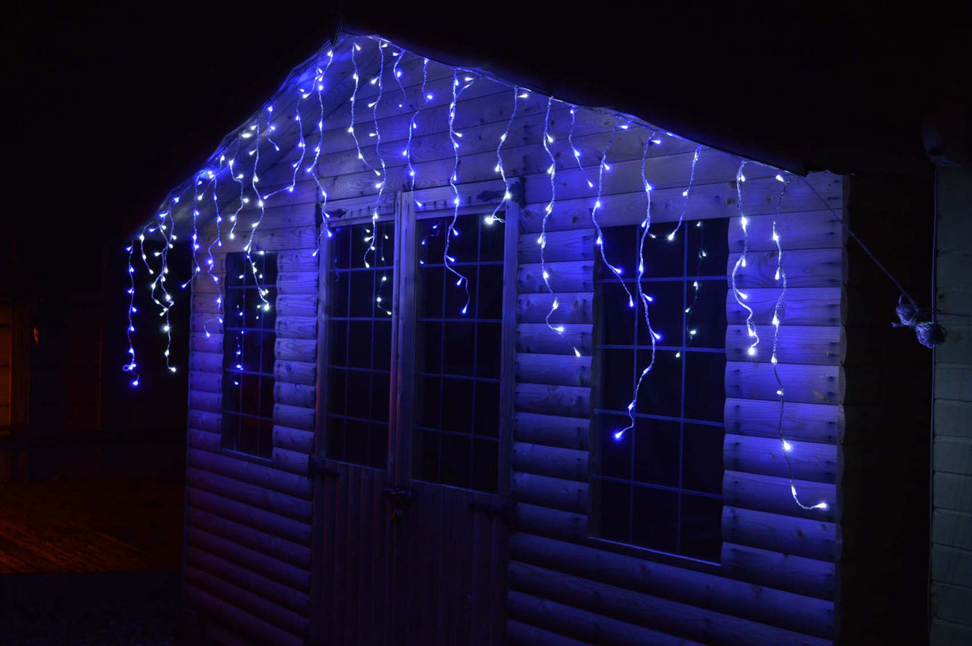 Icicle Christmas Lights.4 4m Premier 180 Led Outdoor Snowing Icicle Christmas Lights Blue
