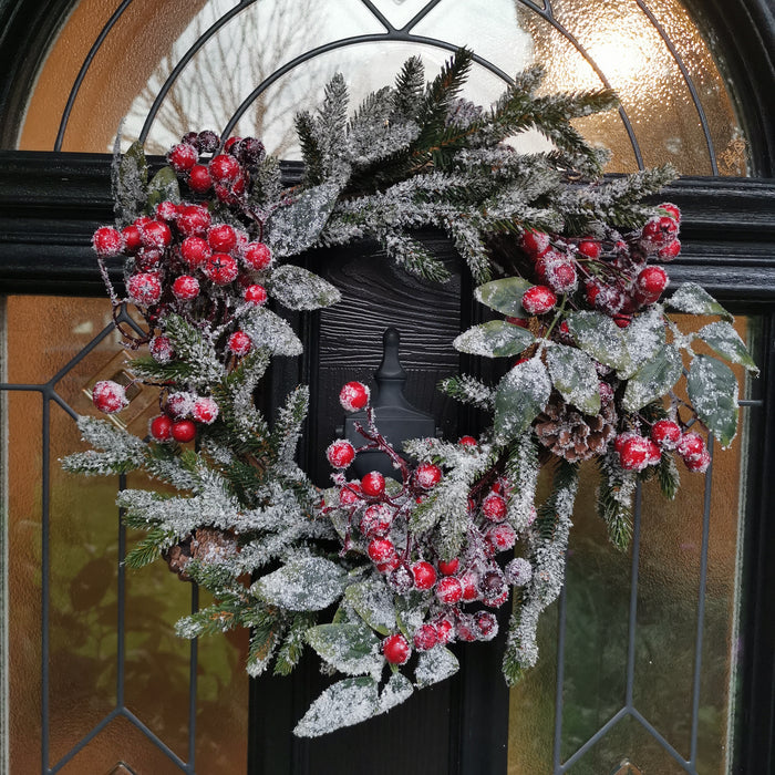 CLEARANCE - 40cm Luxury Traditional Decorative Christmas Door Wreath Berries & Snow