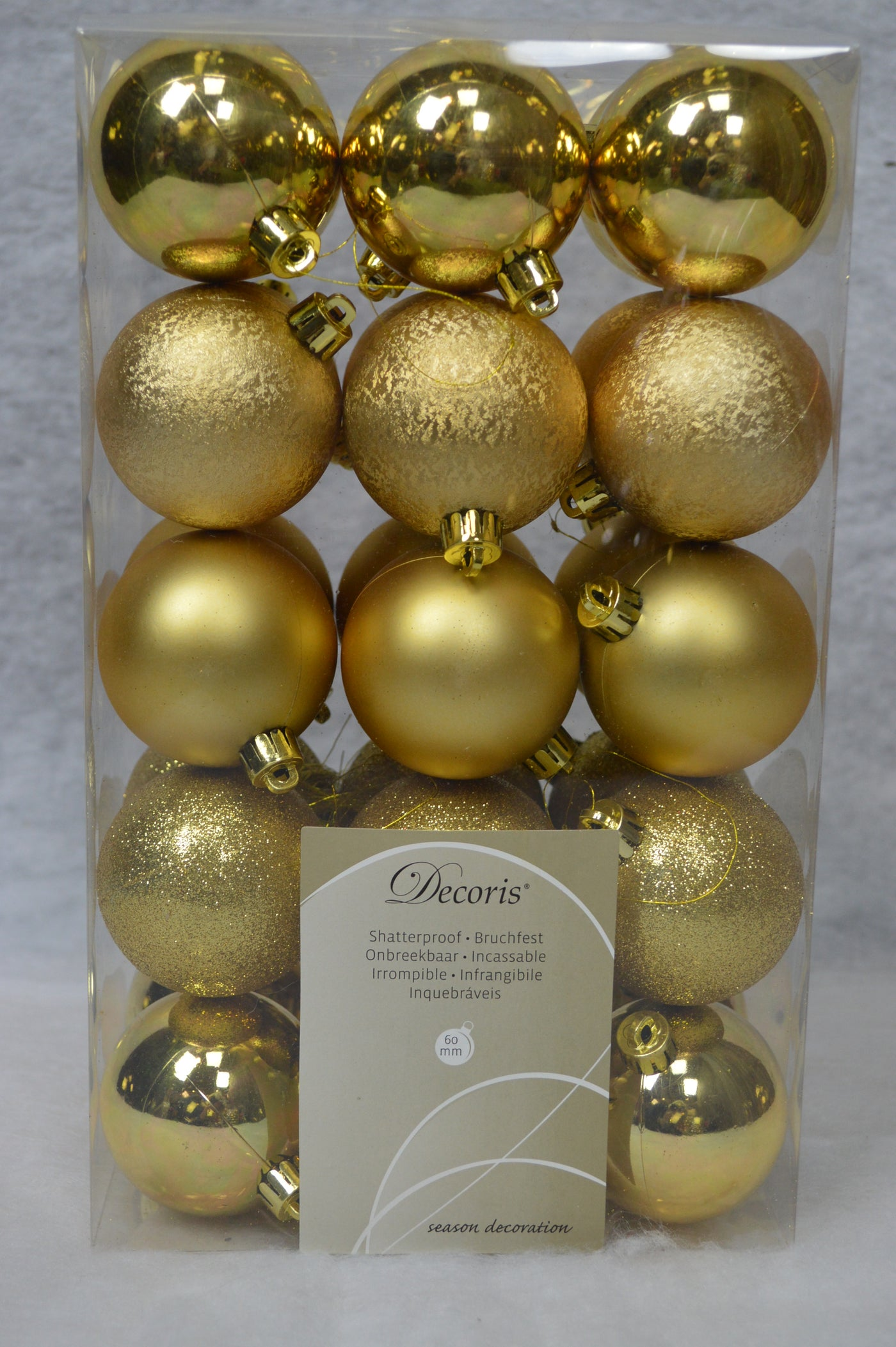 Choice of Colours /& Sizes Shatterproof Christmas Tree Bauble Decorations