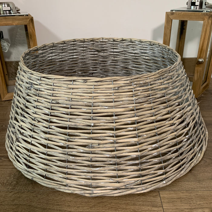 67cm x 26cm Large Natural Wicker Christmas Tree Skirt